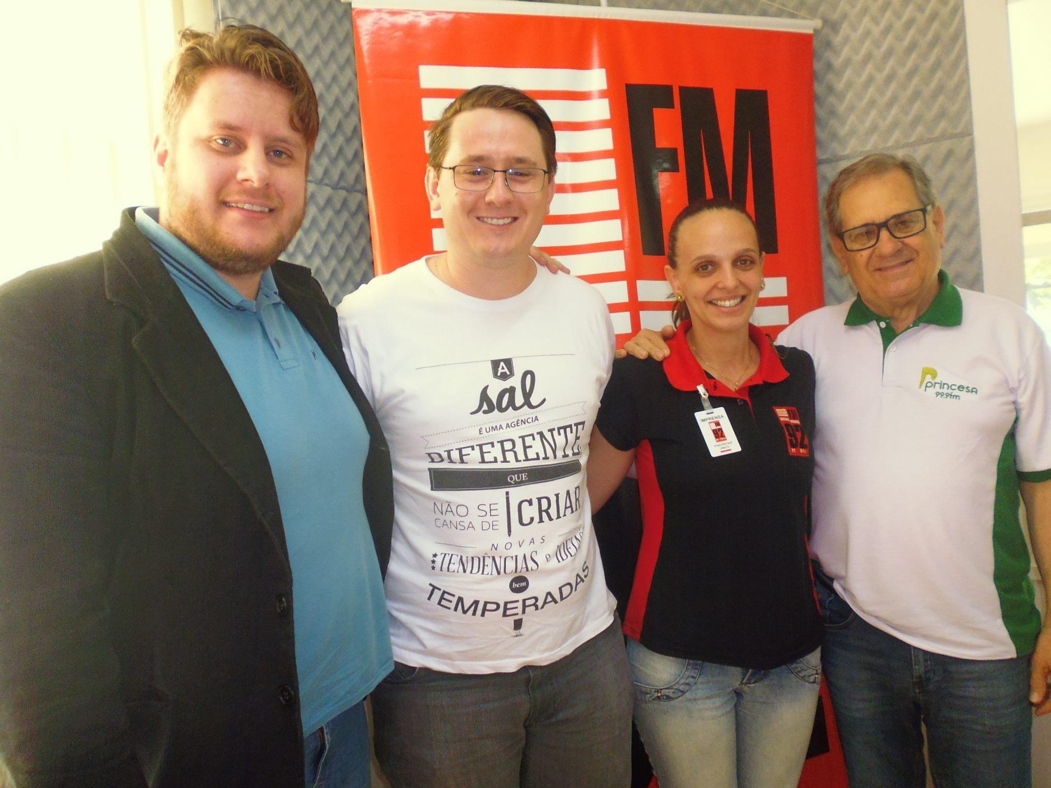 Entrevista Chamella e Sal Propaganda na Rádio 92FM